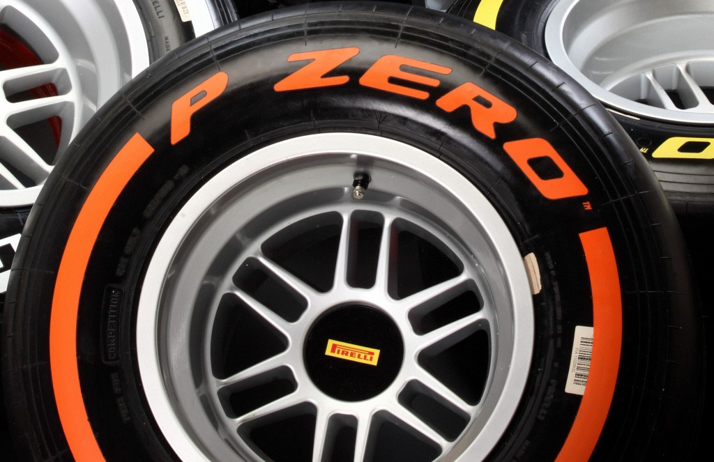 Pirelli_Formula-1_2013_11